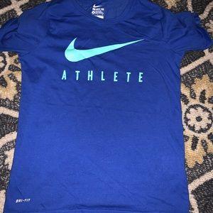 Nike Boys Medium T